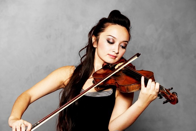 Can A Violin Be Played with a Bow?