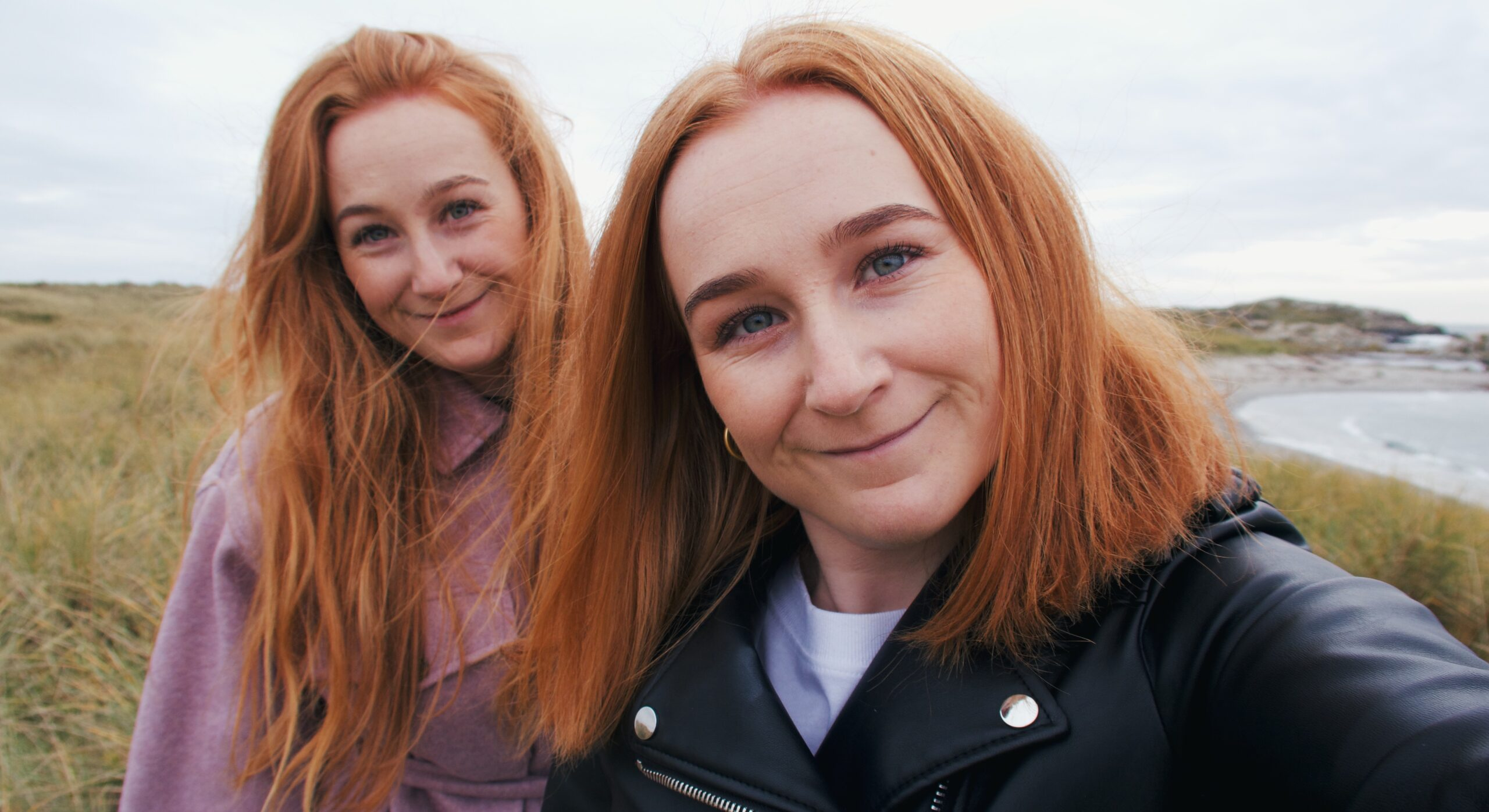 Premiere: Drunk On December By The Ella Sisters