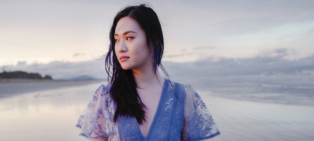 Iris Zhang Delights With small ache