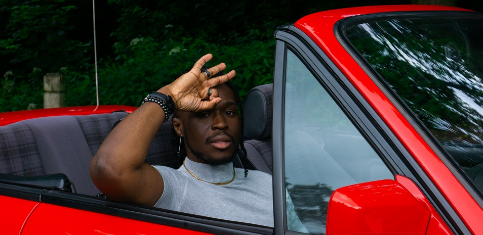 Femi Jaye Releases The Ultimate Romantic Backdrop With Pull Up